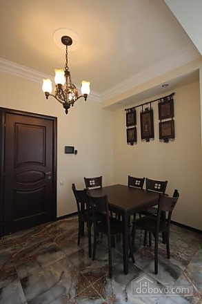 Квартира люкс класса, 2х-комнатная (51213), 012