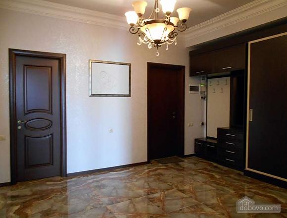 Квартира люкс класса, 2х-комнатная (51213), 026