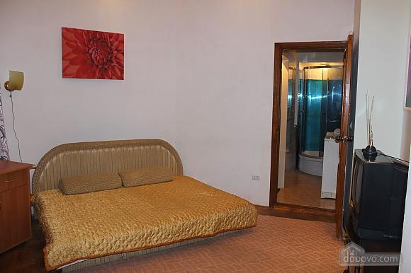 Квартира возле Оперного театра, 1-комнатная (26640), 001