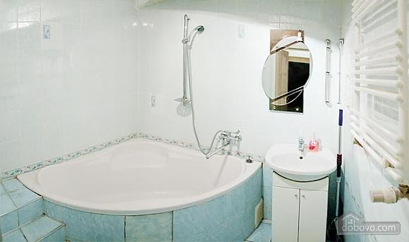 Квартира у центрі Львова, 2-кімнатна (63601), 005