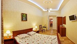 Квартира в пастельних тонах, 1-кімнатна, 009