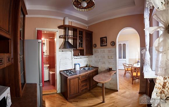 Квартира в центрі міста, 2-кімнатна (82576), 022
