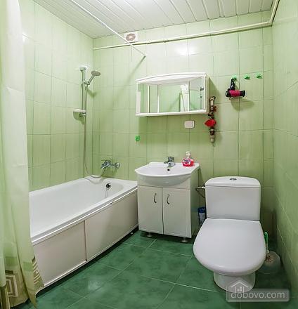 Бюджетная квартира недалеко от центра, 1-комнатная (52185), 007