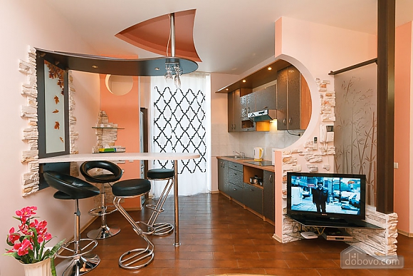 Apartment with view on Nezalezhnosti square, One Bedroom (50677), 002