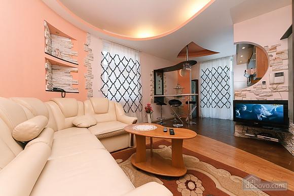 Apartment with view on Nezalezhnosti square, One Bedroom (50677), 001