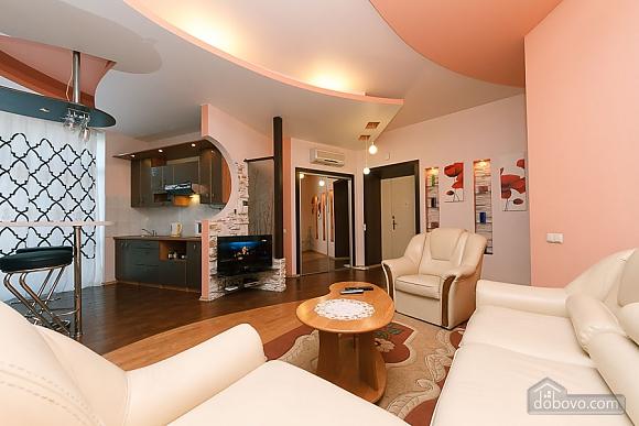 Apartment with view on Nezalezhnosti square, One Bedroom (50677), 004