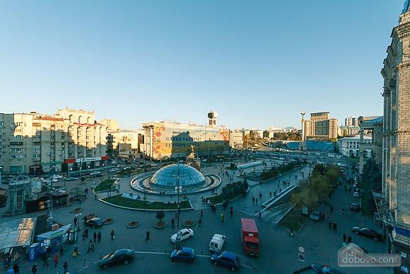 Apartment with view on Nezalezhnosti square, One Bedroom (50677), 009