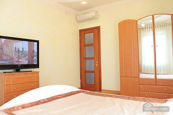 Freedom Club, Six (+) Bedroom (26485), 008