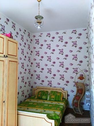 Квартира в історичному центрі, 2-кімнатна (98409), 002