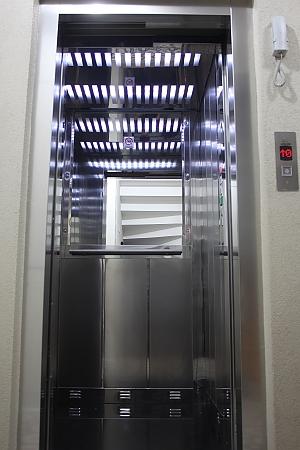 Світлі апартаменти, 2-кімнатна, 006