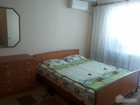 Budget apartment near the Olympiiskyi stadium, One Bedroom (20590), 004