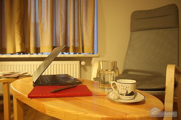 Spacious apartment, Dreizimmerwohnung (69206), 007