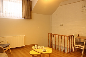 Світлі апартаменти, 3-кімнатна, 004