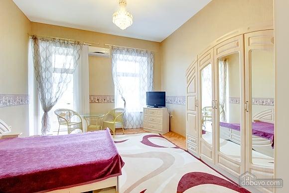 Cosy apartment next to Deribasivska, Studio (95552), 007
