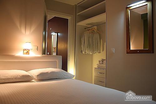 Светлая и уютная квартира, 2х-комнатная (81462), 007