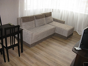 Apartment close to the metro station, One Bedroom, 002