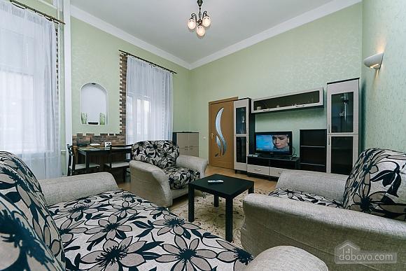 Апартаменты возле метро Олимпийская, 2х-комнатная (83549), 002