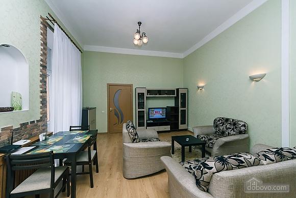Апартаменты возле метро Олимпийская, 2х-комнатная (83549), 004