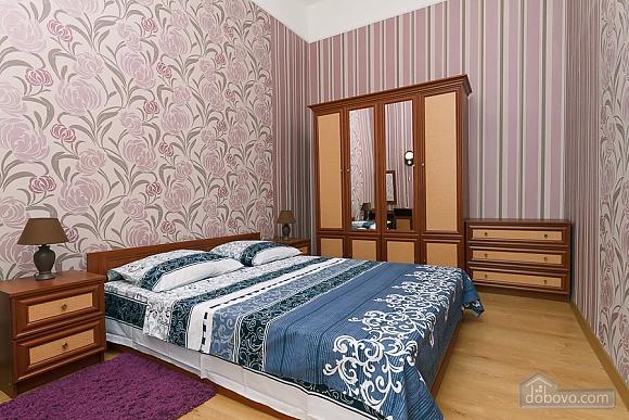Апартаменты возле метро Олимпийская, 2х-комнатная (83549), 001