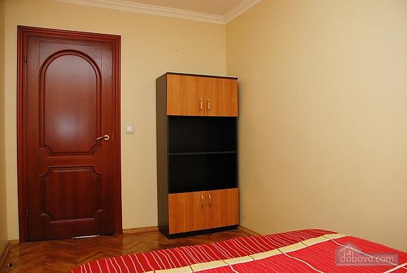Apartment near Klovska metro station, Due Camere (37062), 004