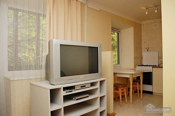 Apartment near Klovska metro station, Due Camere (37062), 008