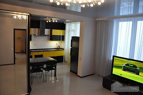 VIP apartment near to Poznyaky station, Una Camera (98778), 007