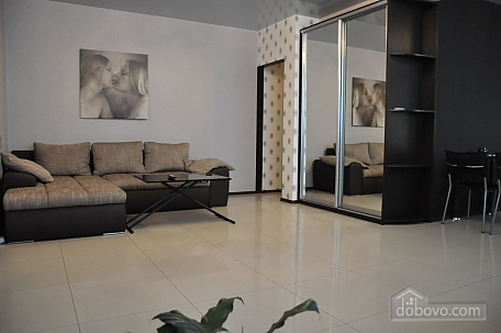 VIP apartment near to Poznyaky station, Una Camera (98778), 004