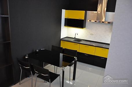 VIP apartment near to Poznyaky station, Una Camera (98778), 008