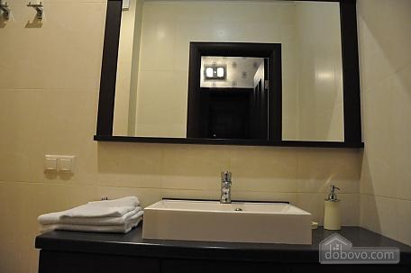 VIP apartment near to Poznyaky station, Una Camera (98778), 010