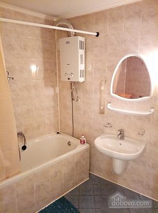 Квартира в самом центре города, 1-комнатная (57224), 009