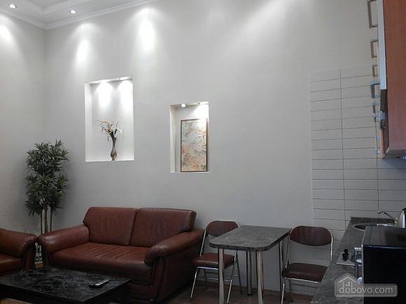 Apartment in the city center, One Bedroom (68128), 005