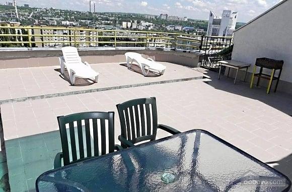 Шикарна квартира з великою терасою, 3-кімнатна (93956), 009