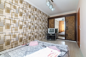 Простора квартира, 2-кімнатна, 002