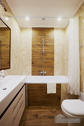 Просторная и современная квартира, 2х-комнатная (72051), 008