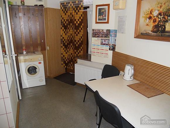 Затишна квартира в центральній частині міста, 1-кімнатна (23887), 006