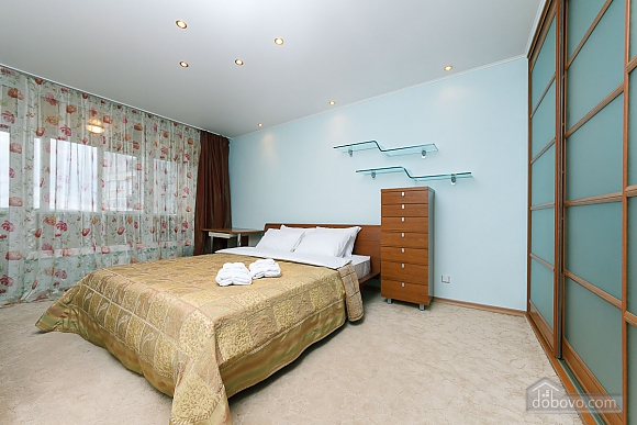 VIP apartment in the historical center of Kiev, Due Camere (13446), 009