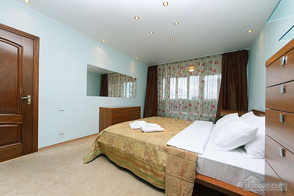 VIP apartment in the historical center of Kiev, Due Camere (13446), 012