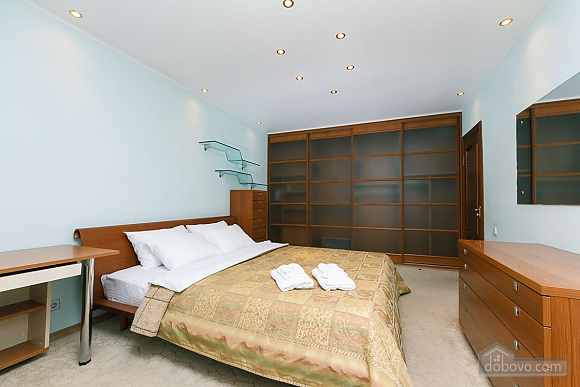 VIP apartment in the historical center of Kiev, Due Camere (13446), 013