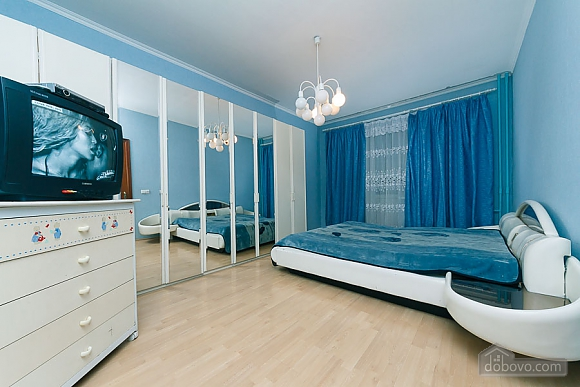 Beautiful big apartment in a new building, Two Bedroom (47187), 003
