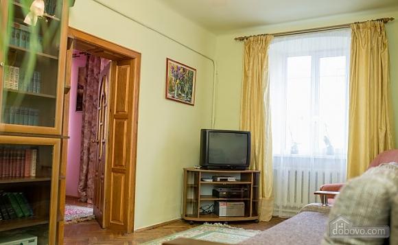 Apartment on the Rynok square with balcony, Una Camera (33788), 002