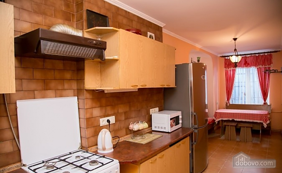 Apartment on the Rynok square with balcony, Un chambre (33788), 008