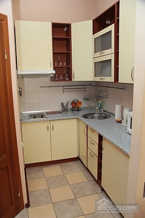 Apartment in the сentre, One Bedroom (89340), 005