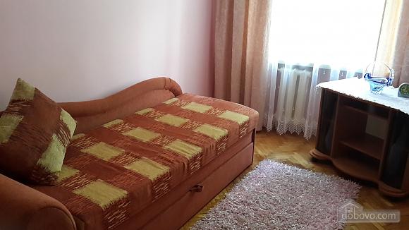 Затишна квартира, 3-кімнатна (97875), 003