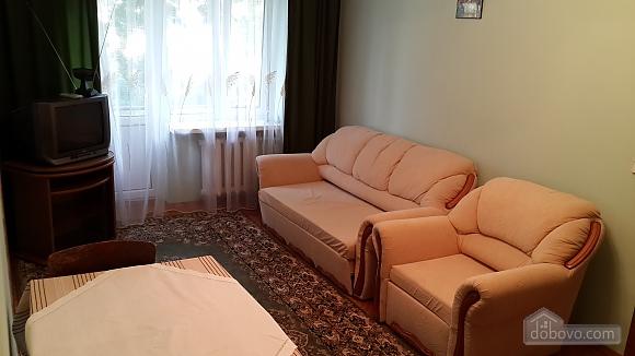Затишна квартира, 3-кімнатна (97875), 001