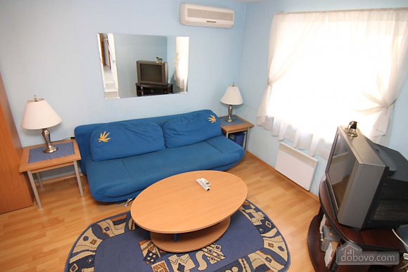 Cosy apartment opposite to McDonalds, Due Camere (70560), 006
