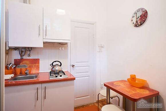 Красивая квартира недалеко от центра, 1-комнатная (67971), 009