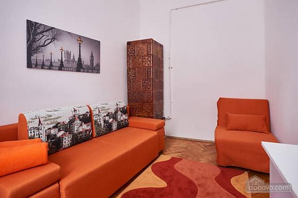Красивая квартира недалеко от центра, 1-комнатная (67971), 010