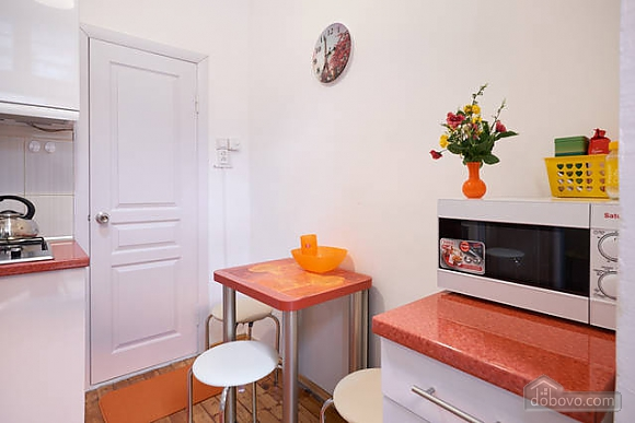 Красивая квартира недалеко от центра, 1-комнатная (67971), 013
