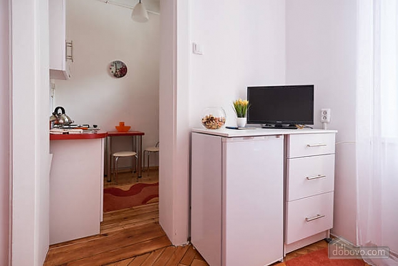Красивая квартира недалеко от центра, 1-комнатная (67971), 014
