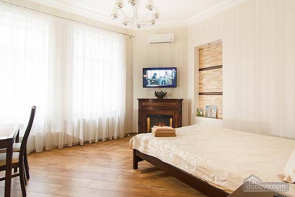 Історичний центр VIP для пари, 1-кімнатна (80295), 001